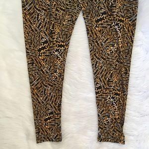 LuLaRoe Pants - LuLaRoe Tall and Curvy 2 Yellow Black Leggings
